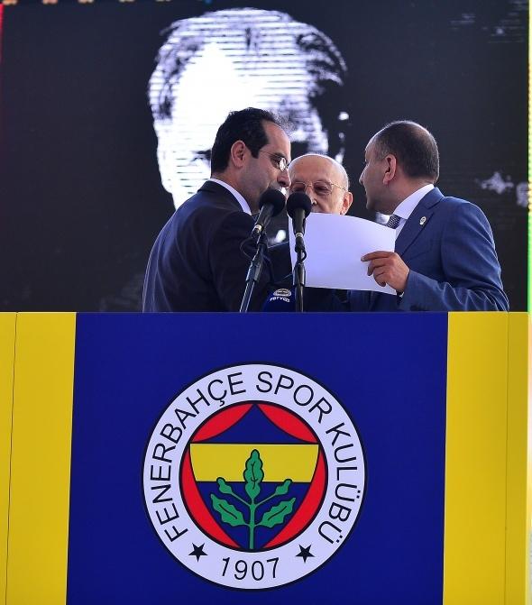 Fenerbahçe'de ayrılık! Resmen açıklandı...