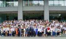 Vietnam'da 300 öğrenciyi BAU bursla ödüllendirdi
