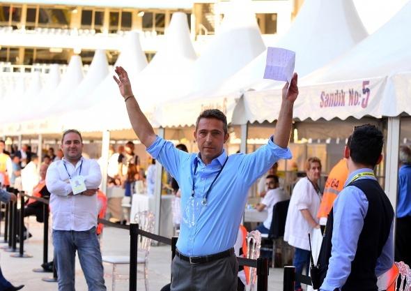 Ali Koç tebrikleri kabul etti