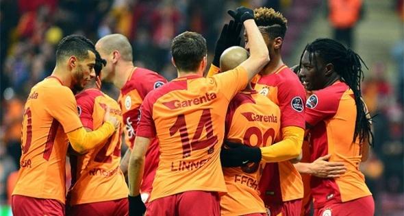 Galatasaray harekete geçti! 3 yıldız birden...