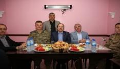 Vali Ali Hamza Pehlivan Konursu Köyünde iftara katıldı