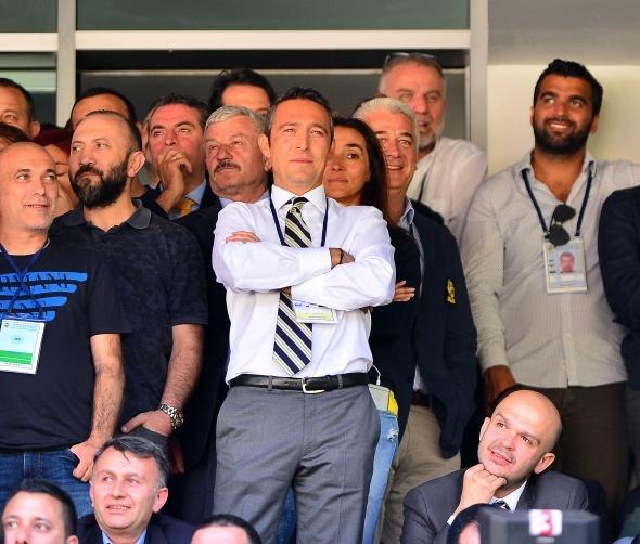 İşte Fenerbahçe'nin görüştüğü teknik adam!