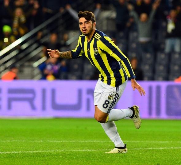 Fenerbahçe'de Ozan Tufan'ın geleceği belli oldu! Ali Koç sonrası...