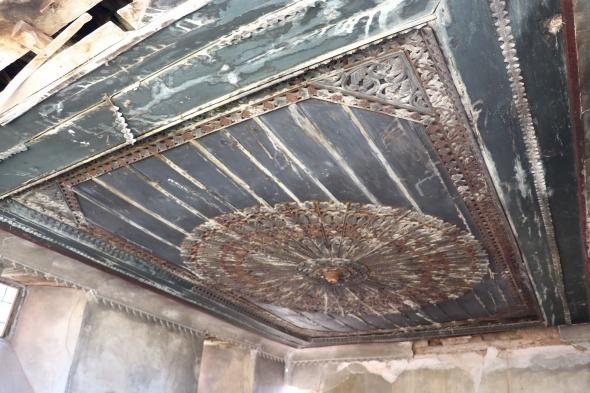 Tavanda ki tarih çürüyor! Koruma altına alındı