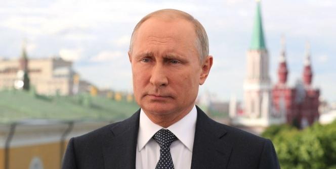Putin'den ülkeye gelenlere video mesaj