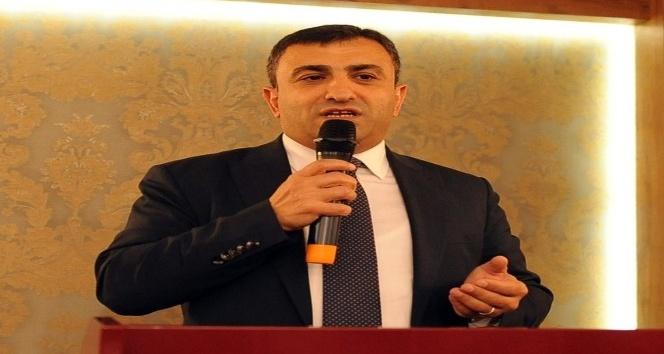 AK Parti Ortahisar'da kurulacak 681 sandık için eğitim programı gerçekleştirildi