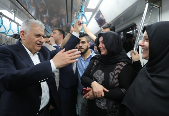 Başbakan Yıldırım'dan vatandaşlara pazar sürprizi