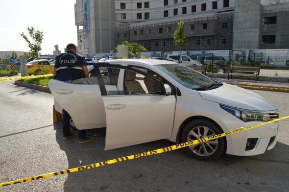 İki kişiyi vurdu, hastaneye giderken intihar etti!