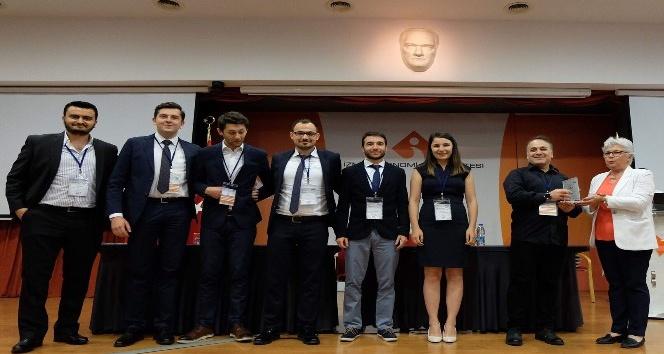 İzmir Ekonomili lojistikçiler iş dünyasıyla buluştu