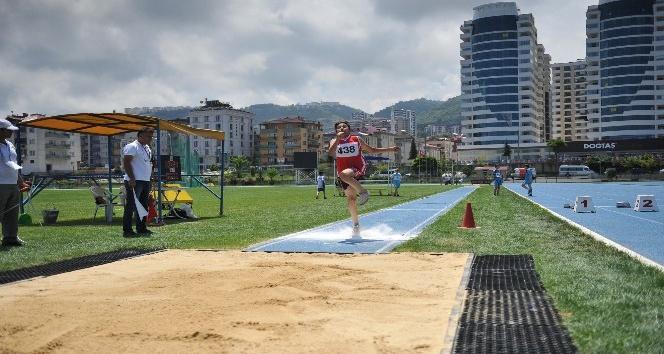Trabzon'da Küçükler Atletizm Festivali Bölge Şampiyonası yapıldı