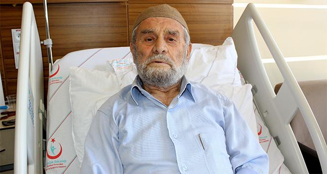 85 yaşındaki Genç ömründe ilk defa hastaneye gitti