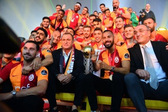 Galatasaray'da sürpriz isimler takıma dönebilir