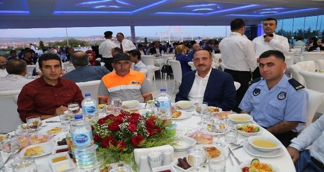 Başkan Duruay, belediye personeli ile iftar sofrasında buluştu