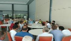 Polislerden yolcu otobüsü şoförleriyle toplantı
