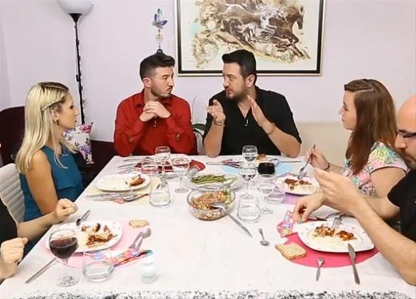 Yemekteyiz'de herkesin merak ettiği 'dış ses'in görüntüsü ifşa oldu