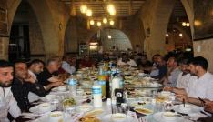 MHP milletvekili adayları gazetecilerle bir araya geldi