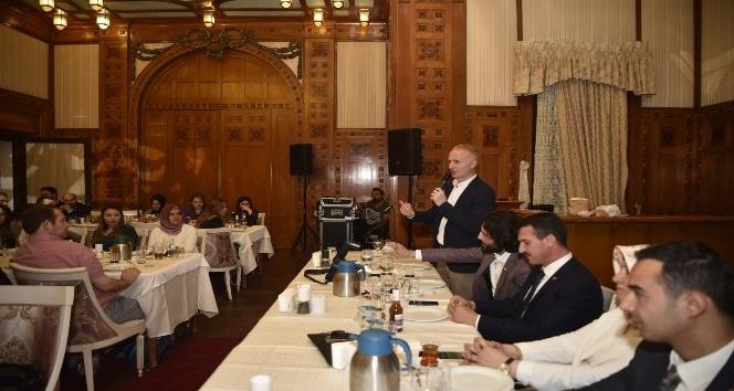 Özel Kalem Müdürleri Platformu, eğitim araştırma hastaneleri asistanları ile iftar yemeğinde buluştu