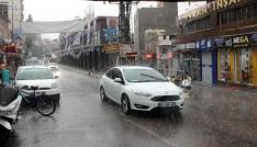Kiliste sağanak yağmur etkili oldu