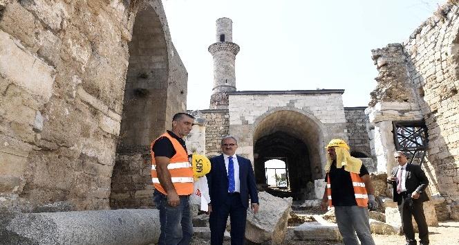 Vali Karaloğlu, Korkut Camii'ni inceledi