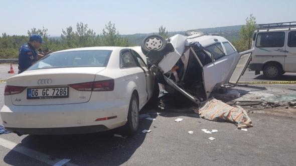 Antalya'da feci kaza: 3 ölü, 4 yaralı
