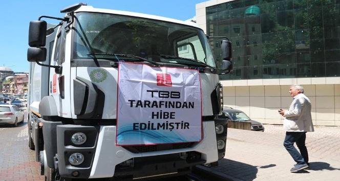 Kozlu Belediyesi'ne çöp kamyonu hibe edildi