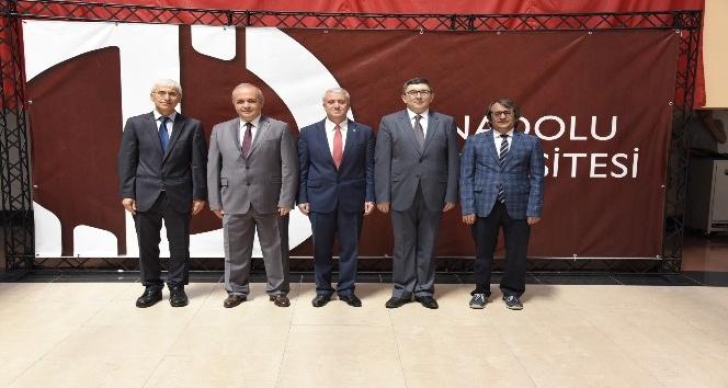 Anadolu Üniversitesi ailesi bayramlaşma töreninde buluştu