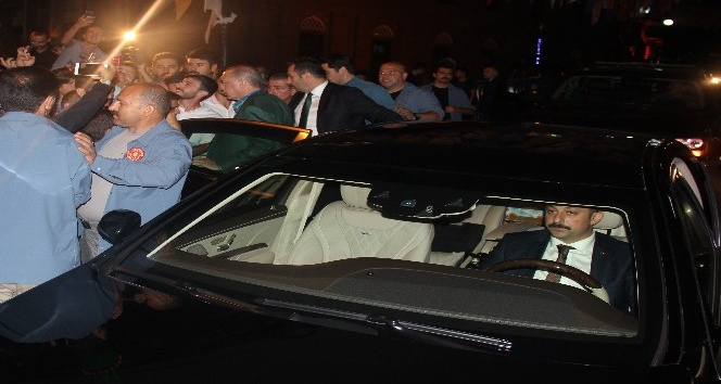 Cumhurbaşkanı Recep Tayyip Erdoğan baba ocağı Güneysudan sevgi seli ile uğurlandı