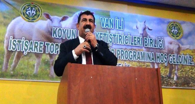 TÜDKİYEB Genel Başkanı Çelik, hemşehrileriyle iftarda bir araya geldi