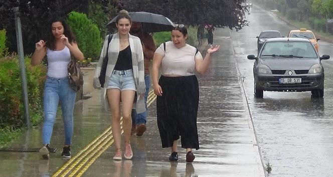 Turizmin başkenti Antalya'da bayramda yağmur sürprizi yaşanacak