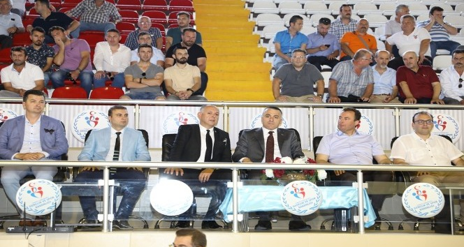 Kırklareli'nde amatör spor kulüplerine 441 bin TL'lik yardım