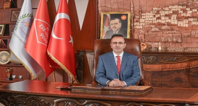 """Belediye Başkanı Seçen, """" Bayramlar, sevgi, dostluk ve sevinç günlerimiz"""""""
