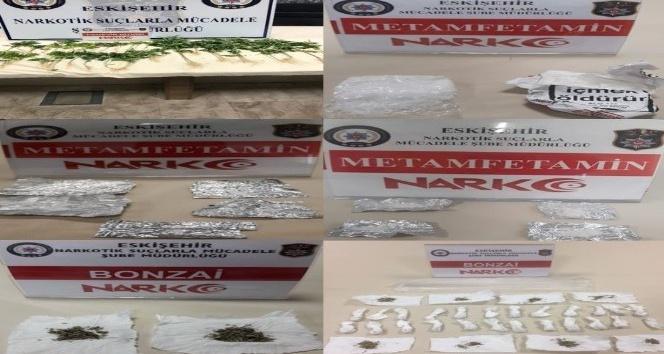Eskişehir'de uyuşturucuya darbe: 12 gözaltı