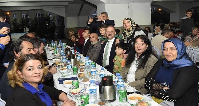 60 bin kişi Mamak'ta iftar açtı