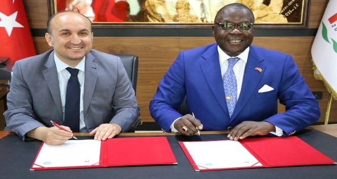 Amasya Üniversitesinden Mali ile işbirliği anlaşması