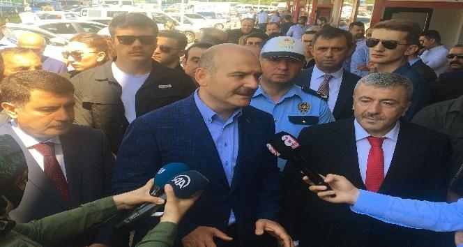 İçişleri Bakanı Süleyman Soylu  15 Temmuz Demokrasi Otogar'nda trafik uygulamalarını denetledi