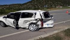 Çorumda otomobiller çarpıştı: 8 yaralı