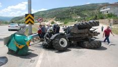 Tokatta traktör devrildi: 1 yaralı