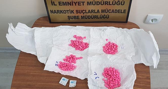 Amasya'da operasyonda 297 uyuşturucu hap ele geçirildi