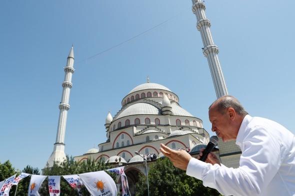 Cumhurbaşkanı Erdoğan: 'Bir kaç gün içinde daha müjdelerimiz olacak'