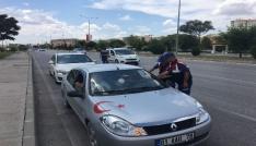 Jandarma sürücülerin bayramını kutladı