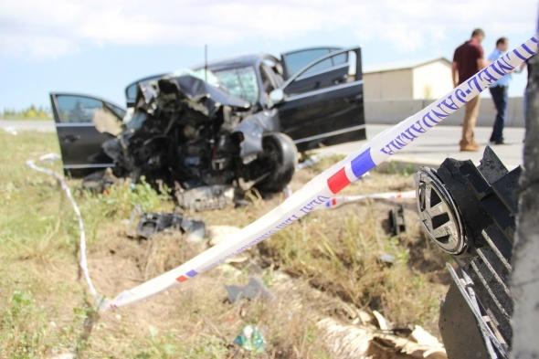 Korkunç kaza! Bir aileye mezar oldu...