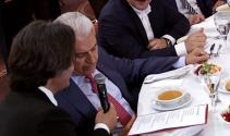 Başbakan Yıldırım, türküye eşlik etti
