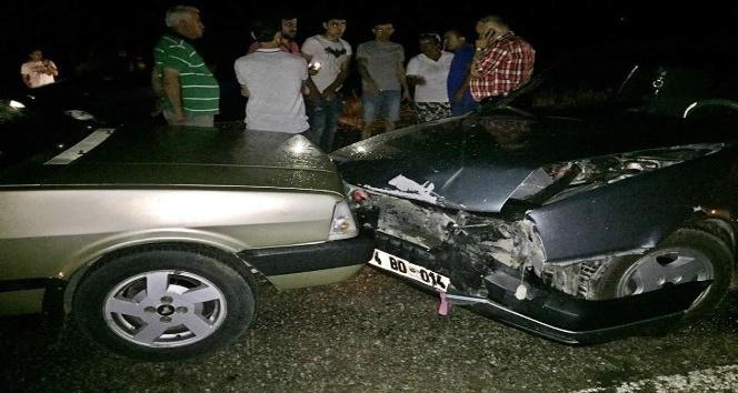 Bartında zincirleme trafik kazası: 2 yaralı