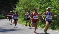 Köprübaşında nefes kesen yarış