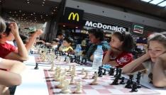 Babalar ve çocukları Piazzada buluştu