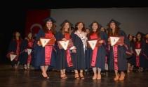 YDÜ Hemşirelik Fakültesi mezuniyet töreni gerçekleştirildi