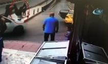 İstanbulda trafikte dehşet anları! Tartıştı, arabasıyla çarptı, kaçtı!