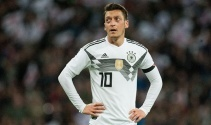Mesut Özil: 'İsveç maçı bizim için final olacak'