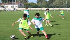 Sivas Belediyespor futbol yaz okulu açıyor