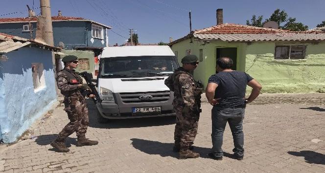 Edirnede uyuşturucu satıcılarına operasyon